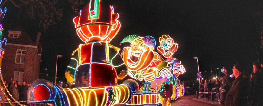Duizenden lampjes bij lichtjesoptocht in Deurne