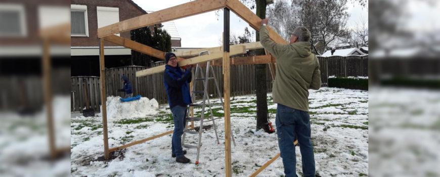 foto opbouw kerststal Heilight