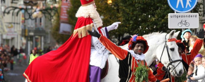 800px-Intocht_van_Sinterklaas_in_Schiedam_2009_(4103359068)