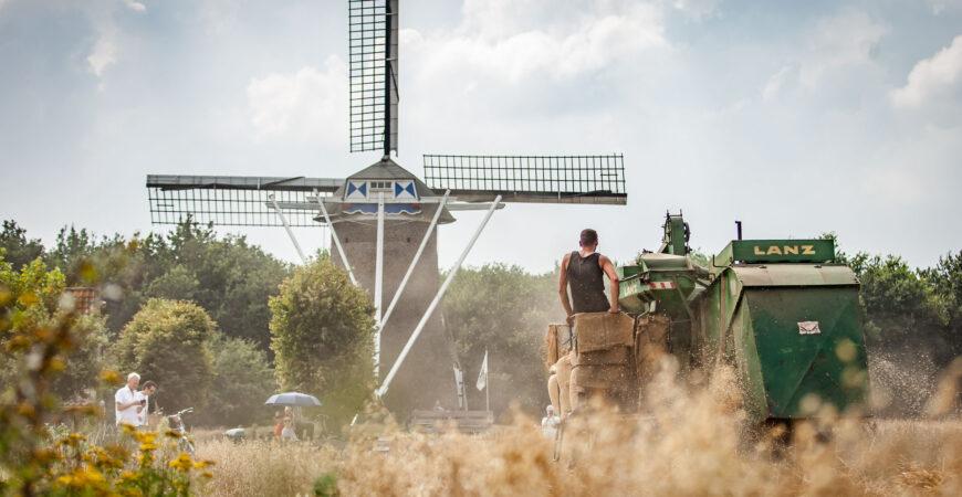 Nostalgisch_oogsten_Vlierden_20200815_Josanne_van_der_Heijden-9211