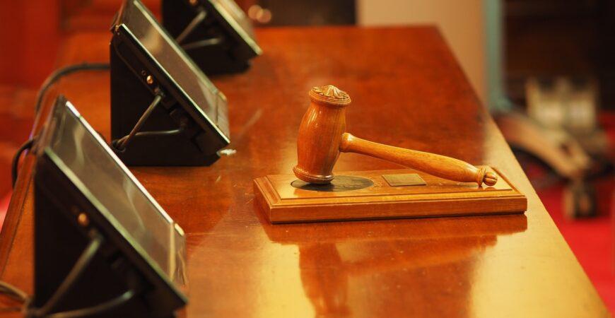 RechtbankRechterUitspraak