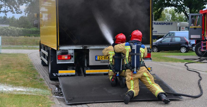 Vrachtwagenbrand Dukaat Deurne